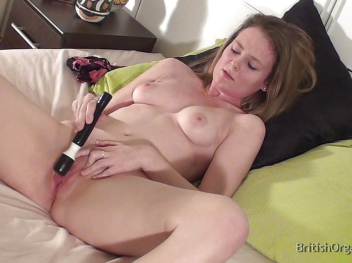 Women Masturbating With A Cooking Stick